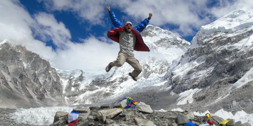 teen volunteer in nepal