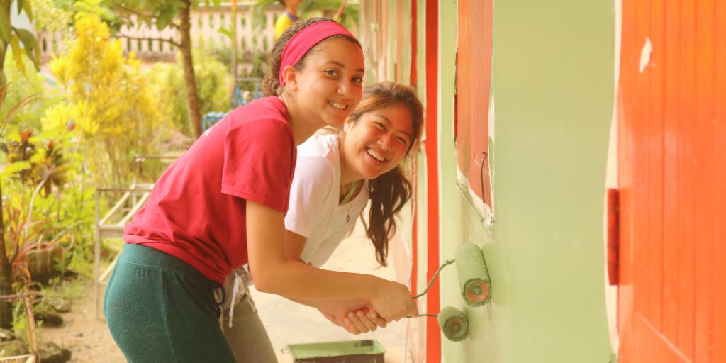 teen volunteer thailand