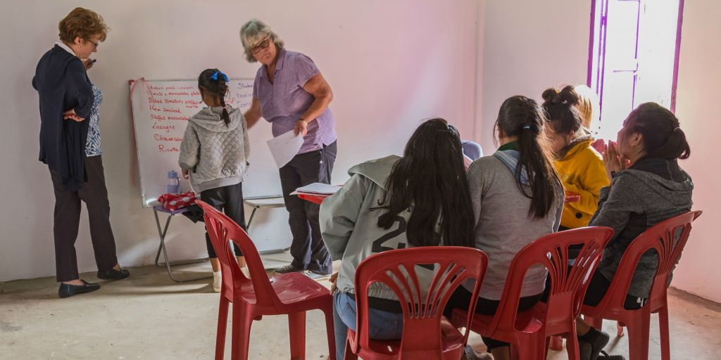 best volunteer abroad programs for older adults