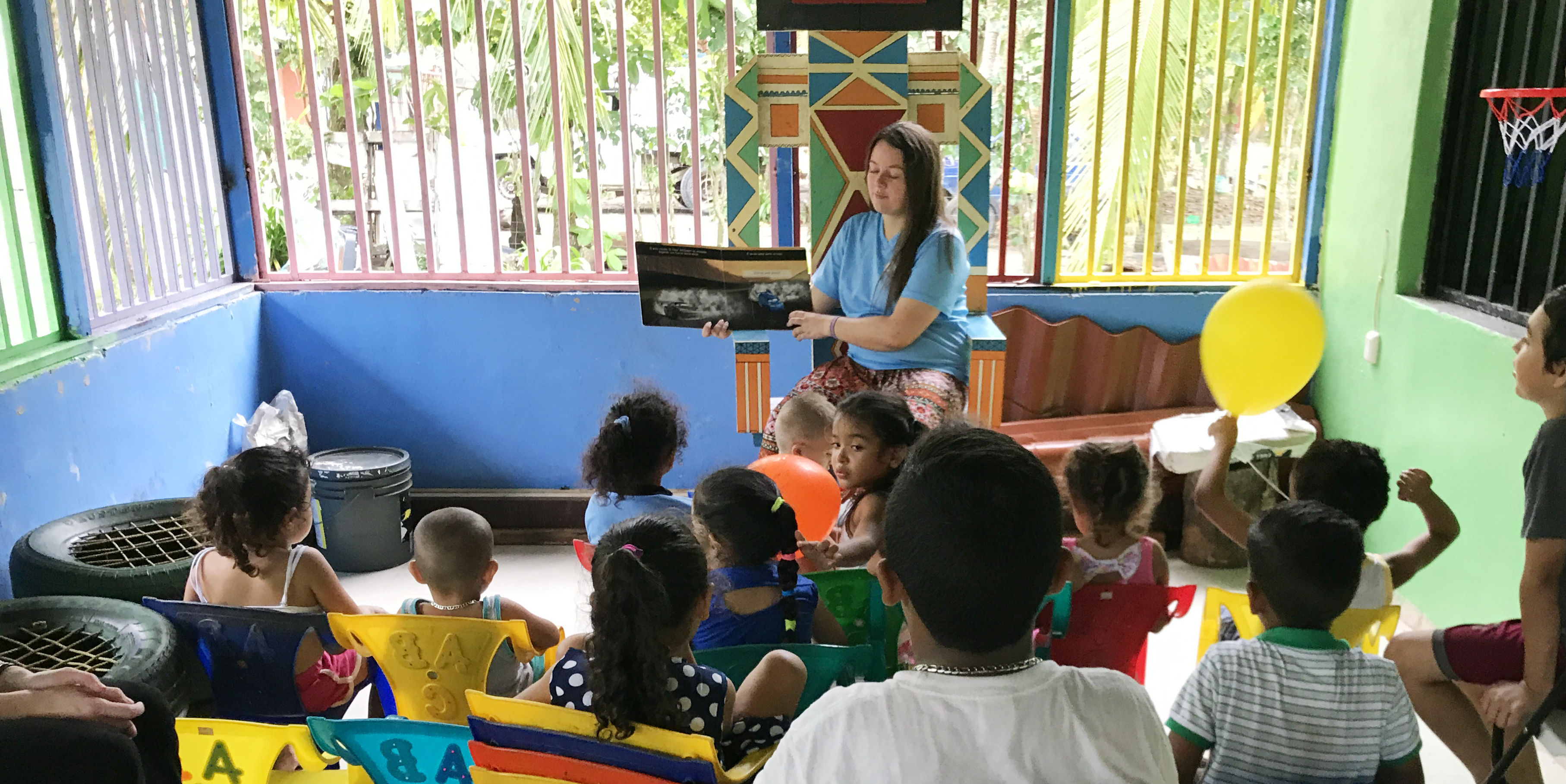 A TEFL certified teacher leads story time in Quepos, Costa Rica.
