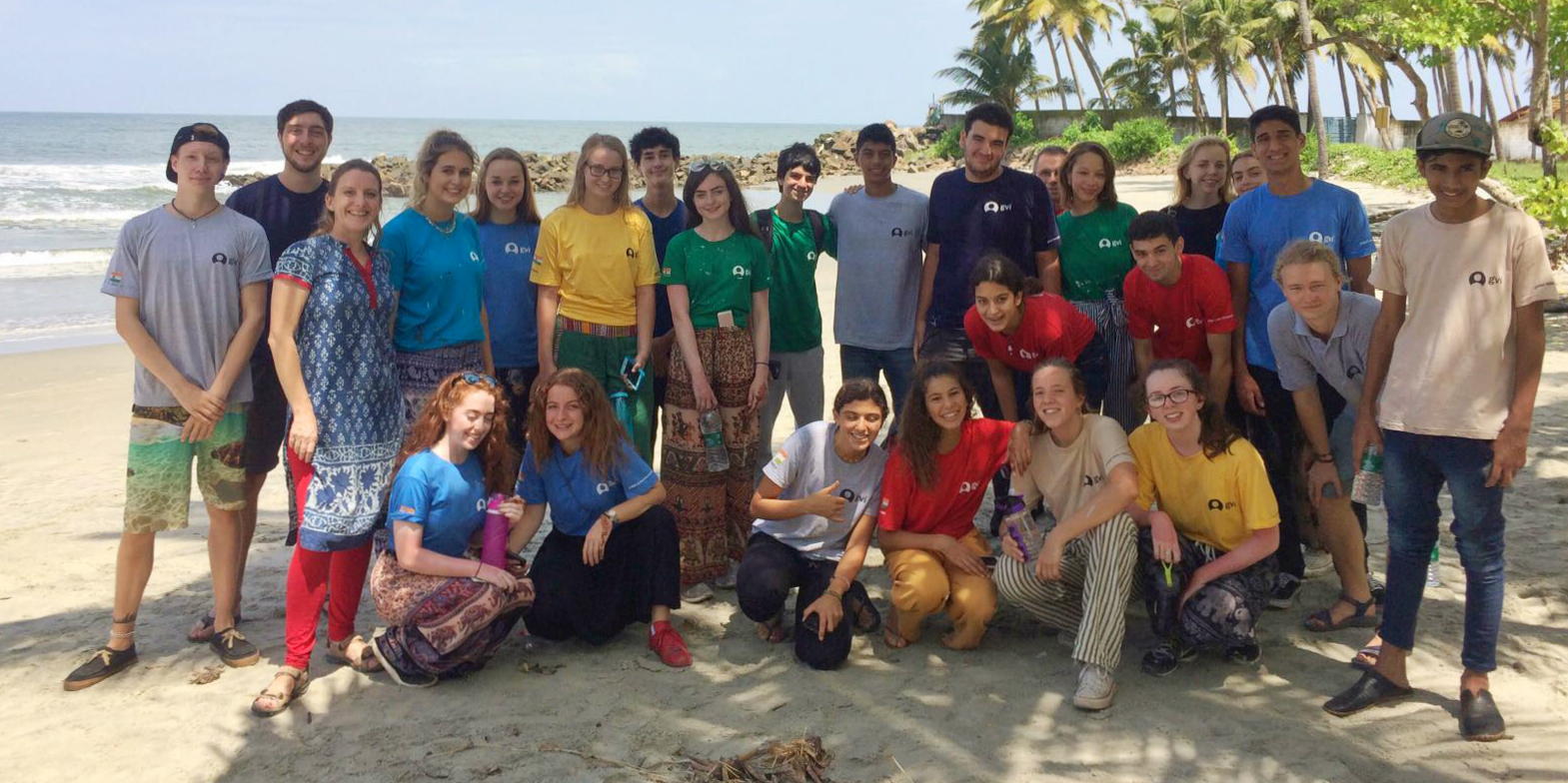 These GVI participants enjoy one of GVI's volunteer trips for teens.
