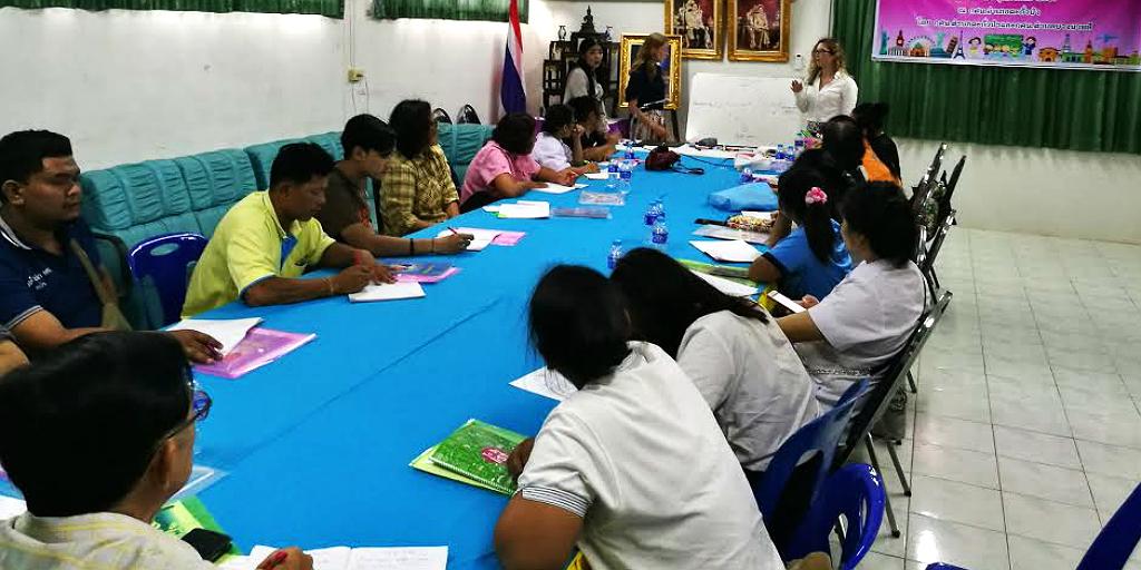 Participate in a hygiene workshop when you volunteer in global public health in Thailand.