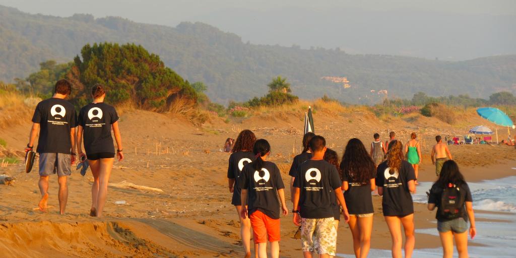 Make international friends when you volunteer in Greece.